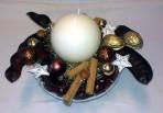Bielohnedý vianočný aranžmán v skle