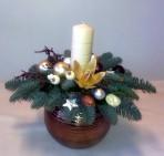 Bielovanikový vianočný aranžmán