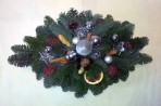 Škoricovostrieborný vianočný aranžmán